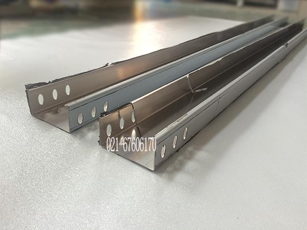 【上海邑奔】不锈钢电缆桥架有哪些安装方式呢?
